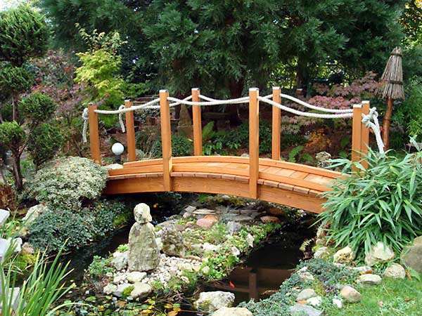 Teichbrücke 12